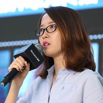 Vivienne  Li